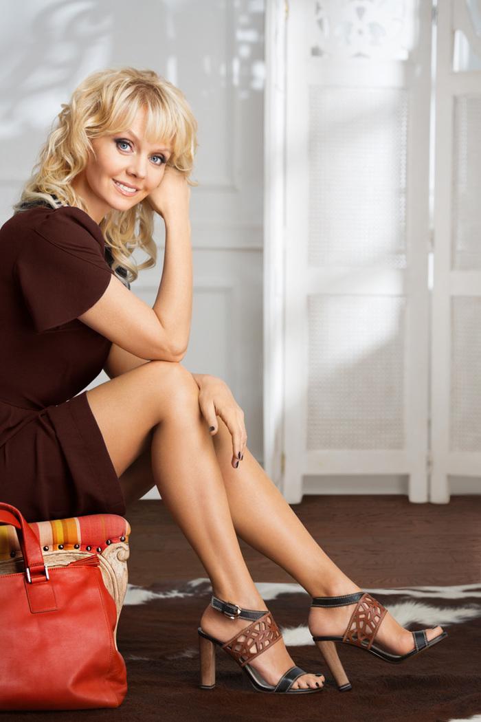 Красивые ножки звезд российской эстрады и кино